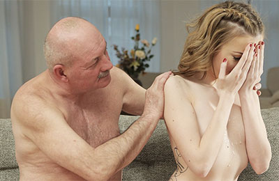 Top 4K porn site to watch older men seducing fresh girls